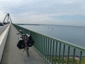Weg über die Fehmarnsund-Brücke